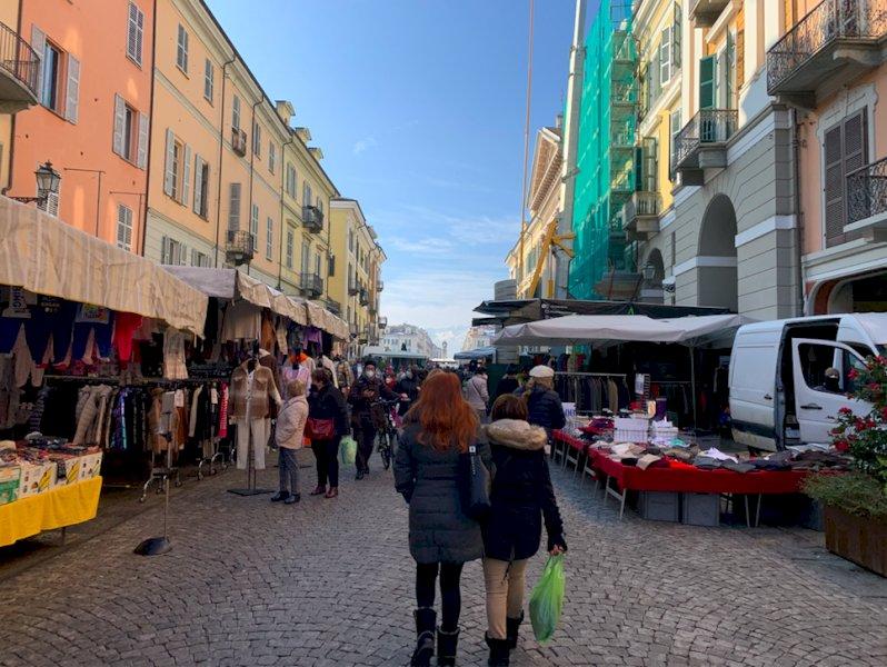 La Regione ha deciso: per Cuneo la zona arancione scatta da mercoledì