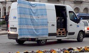 Anarchici in centro Cuneo per chiedere attenzione ai detenuti di Cerialdo