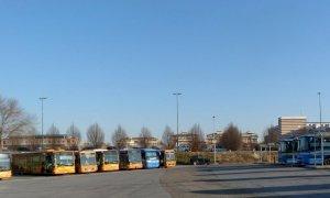 Alba, con la riapertura degli istituti superiori riprende il trasporto scolastico