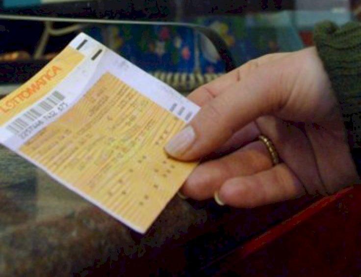 In Piemonte sospeso il pagamento del bollo auto per i mesi aprile, maggio e giugno