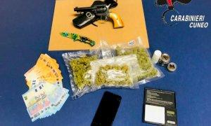 Droga e armi in casa: trentenne albese arrestato dai Carabinieri