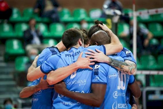 Pallavolo A2/M: Cuneo a Taranto per il primo atto della semifinale
