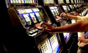 Gioco d'azzardo, prosegue il dibattito in Consiglio regionale: le ragioni dei due schieramenti