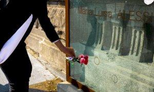 I Radicali hanno percorso le vie di Cuneo deponendo fiori sulle lapidi dei partigiani