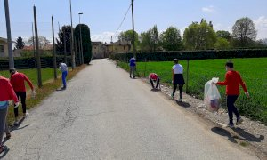 Giornata della Terra, gli alunni della scuola Primaria di Castelletto di Busca hanno ripulito le strade