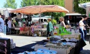 Alba, mercato del sabato:  confermato l'appuntamento del primo maggio
