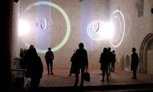 "Riprendono le visite guidate in presenza alla mostra ""E luce fu"" in San Francesco a Cuneo"