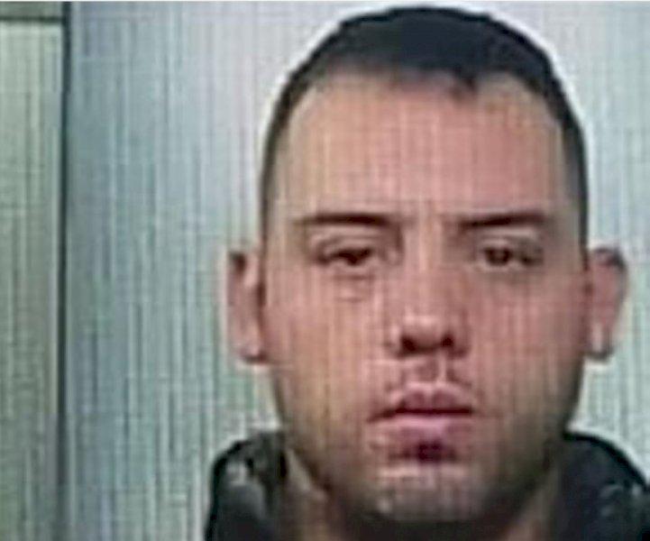 in foto: Alessandro Modica, il superstite della rapina a Gallo Grinzane