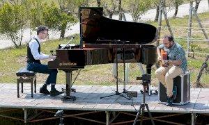 Alba: il concerto dell'International Jazz Day in streaming dalle vigne della scuola enologica albese