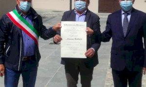 Pocapaglia, l'artigiano Giovanni Barbero nominato 'ufficiale' della Repubblica