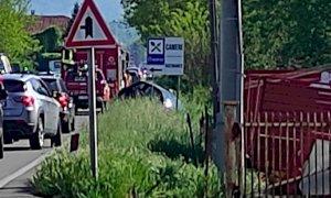 Incidente tra Saluzzo e Manta, un'auto fuori strada