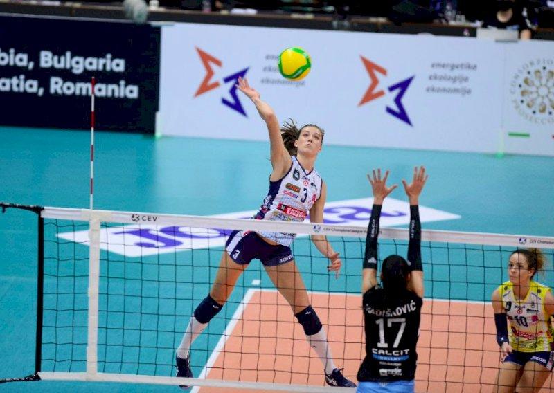 Volley, una campionessa d'Europa e d'Italia per Cuneo: presa la francese Lucille Gicquel