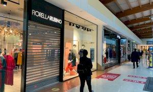 I centri commerciali abbassano le saracinesche contro le chiusure nei fine settimana