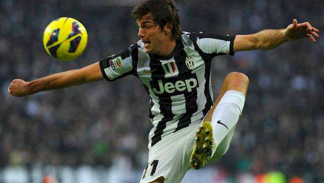 """Cuneo, tre giorni """"nel pallone"""" con un ex giocatore della Juventus"""