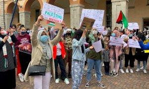 Cuneo, da piazzetta Audiffedi si leva il grido