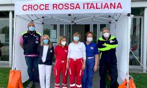 Protezione Civile e Croce Rossa di Mondovì presenti al Centro Vaccinale ex Valauto