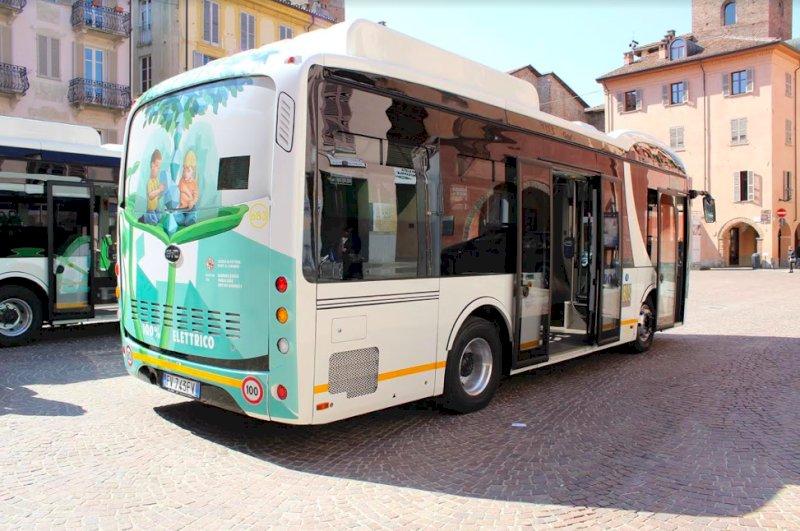 Martedì 1° giugno sciopero degli autobus, ad Alba servizio garantito nelle ore più 'calde'