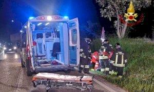 Motociclista in pericolo di vita dopo un incidente a Borgomale