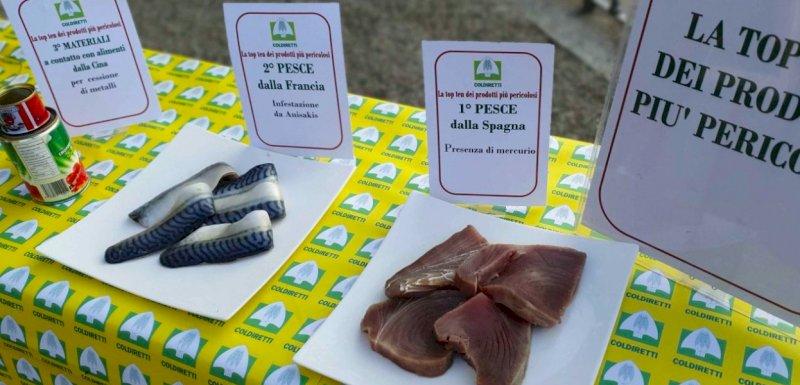 """Giornata del cibo sicuro, Coldiretti: """"Oltre 8 prodotti pericolosi su 10 vengono dall'estero"""""""