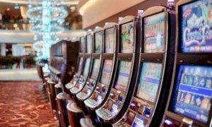 Il Movimento 5 Stelle lancia una raccolta firme per difendere la legge regionale sul gioco d'azzardo