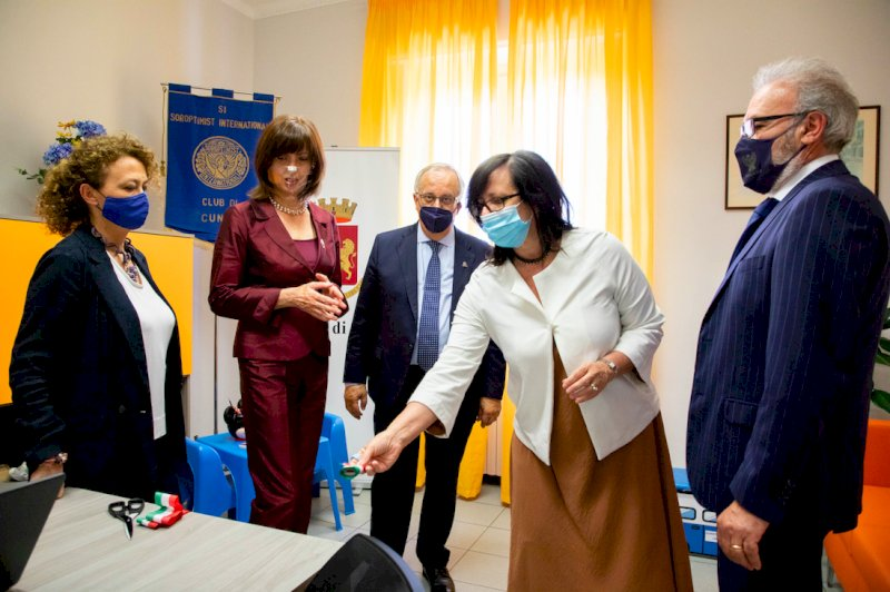 Cuneo, in Questura una 'stanza di ascolto' per le donne vittime di violenza