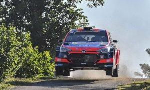 Il friulano Luca Rossetti ha vinto il rally di Alba