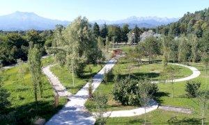 Cuneo, un inizio d'estate a piedi nudi al Parco fluviale