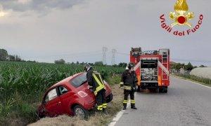 Morozzo, finisce fuori strada dopo l'incidente: ferita una ragazza