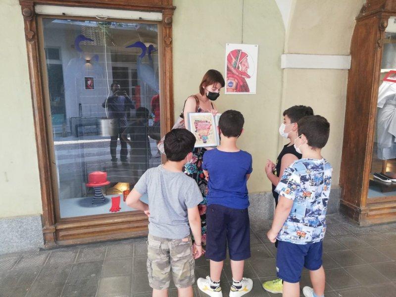 Dante è di casa in Contrada Mondovì: fino a fine estate la mostra itinerante