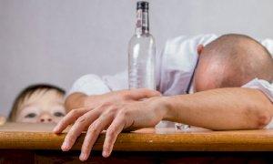 Botte alla moglie dopo le liti da ubriaco: condannato un 46enne