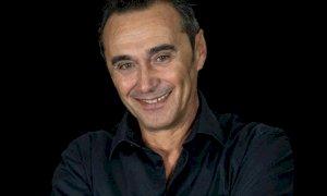Il 12 luglio Giuseppe Giacobazzi sul palco dell'Anfiteatro dell'Anima di Cervere