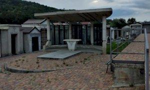 Monastero di Vasco, ladri di rame al cimitero: asportata la copertura dell'altare e divelti tetti delle tombe