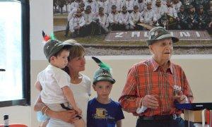 Alpini in festa per nonno Beppe: compie 100 anni il reduce di Russia Giuseppe Falco