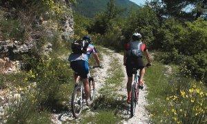 Un corso di formazione per operatori del ciclo-escursionismo e-bike