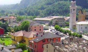 San Damiano Macra, al via i lavori di asfaltatura di via Roma