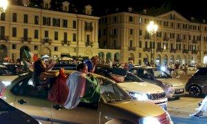 Italia in semifinale, esplode la festa tricolore a Cuneo