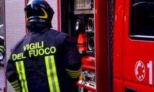 Incidente al confine con la Liguria: un uomo è rimasto sotto un escavatore