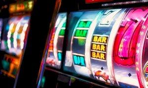 Una nuova normativa regionale sul gioco d'azzardo: la Lega esulta, dure critiche dall'opposizione