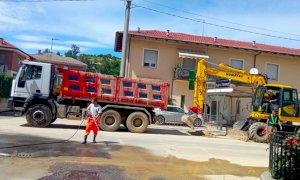 A Canale volontari al lavoro per giorni nella pulizia di strade e piazze