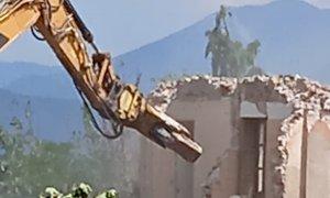 Villa Sarah non esiste più: le ruspe cancellano un pezzo di storia cuneese