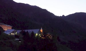 Rendez vous con le stelle: la passeggiata notturna al santuario di Sant'Anna