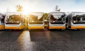 Crollo delle immatricolazioni di autobus in Piemonte: -30% nel 2020, ma Cuneo fa anche peggio