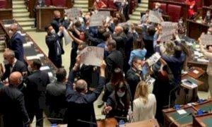 FdI protesta contro il Green Pass alla Camera, Gribaudo (PD):