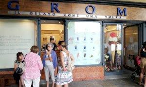 Cuneo, chiude i battenti la gelateria Grom di piazza Galimberti