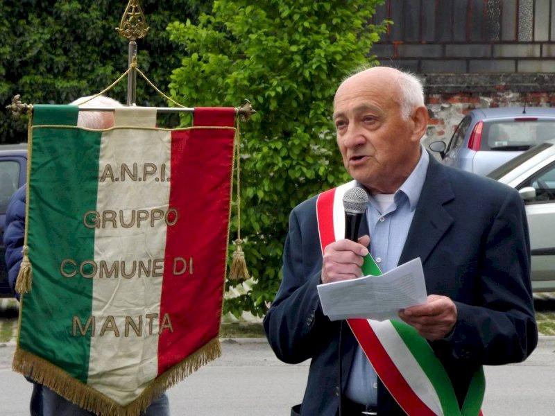 Addio all'architetto ed ex sindaco di Manta Mario Guasti
