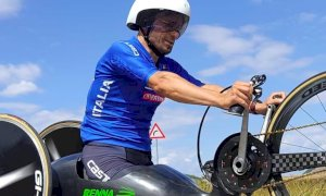 Cuneo olia la catena per il 'Bike Festival': tra gli ospiti l'oro alle Paralimpiadi Diego Colombari