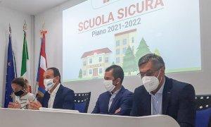 """Trasporti potenziati e vaccini, parte il piano """"Scuola sicura"""""""