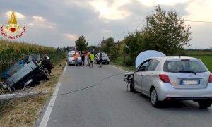 Scontro tra due veicoli a Morozzo, un camioncino fuori strada