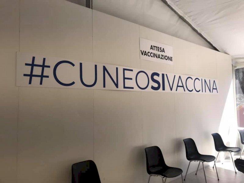 Covid, oggi quasi 16mila nuove vaccinazioni in Piemonte