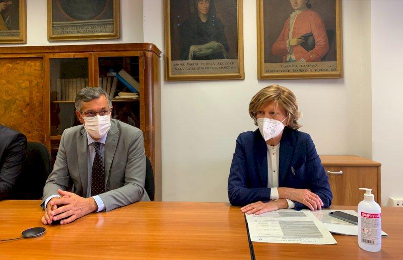 Luigi Icardi con il direttore generale del Santa Croce Elide Azzan